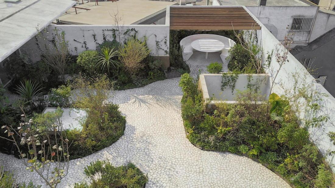 Дом в самом центре Мехико от студии Zeller & Moye 17