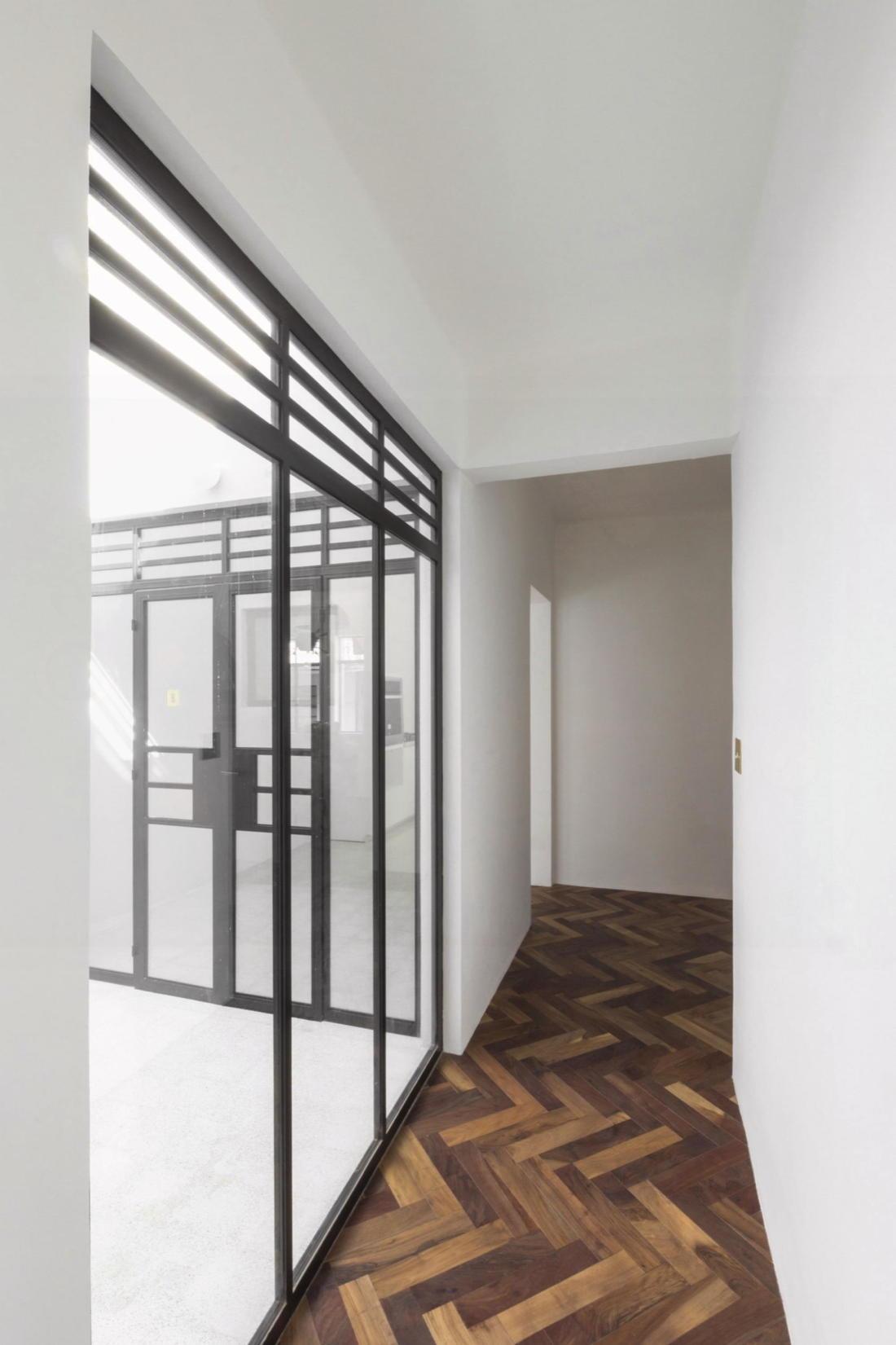 Дом в самом центре Мехико от студии Zeller & Moye 20