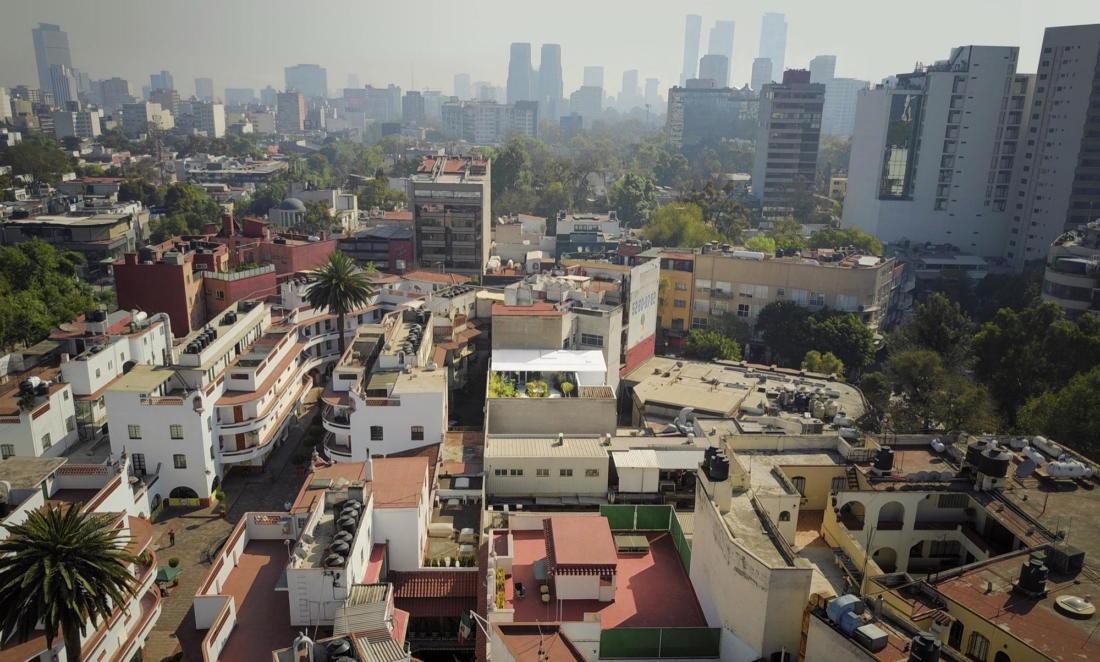 Дом в самом центре Мехико от студии Zeller & Moye 21