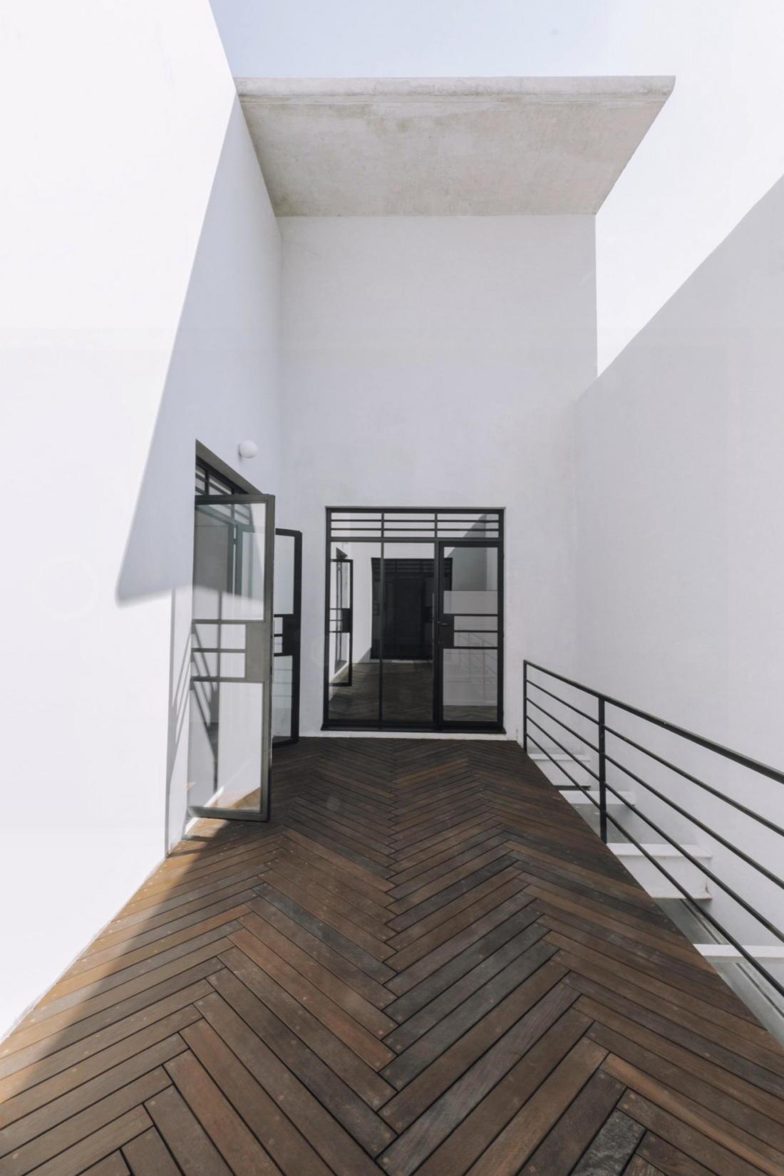 Дом в самом центре Мехико от студии Zeller & Moye 4