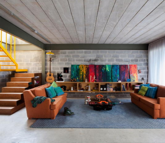 Богемный интерьер дома в Бразилии от ARKITITO Arquitetura 1
