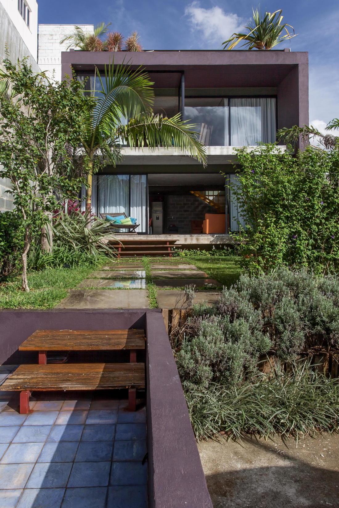 Богемный интерьер дома в Бразилии от ARKITITO Arquitetura 9