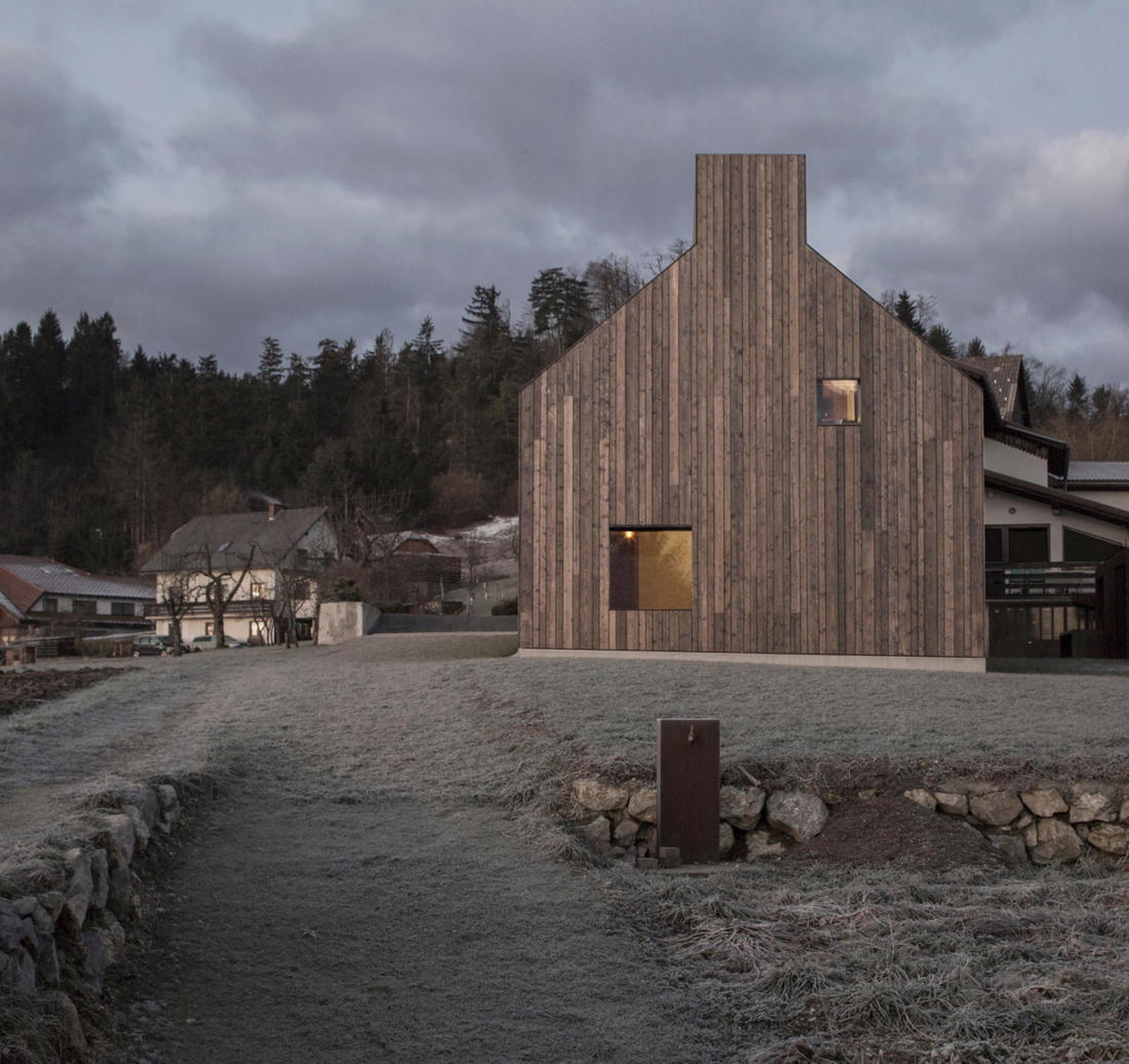 Дом-дымоход в Словении от студии Dekleva Gregoric 5