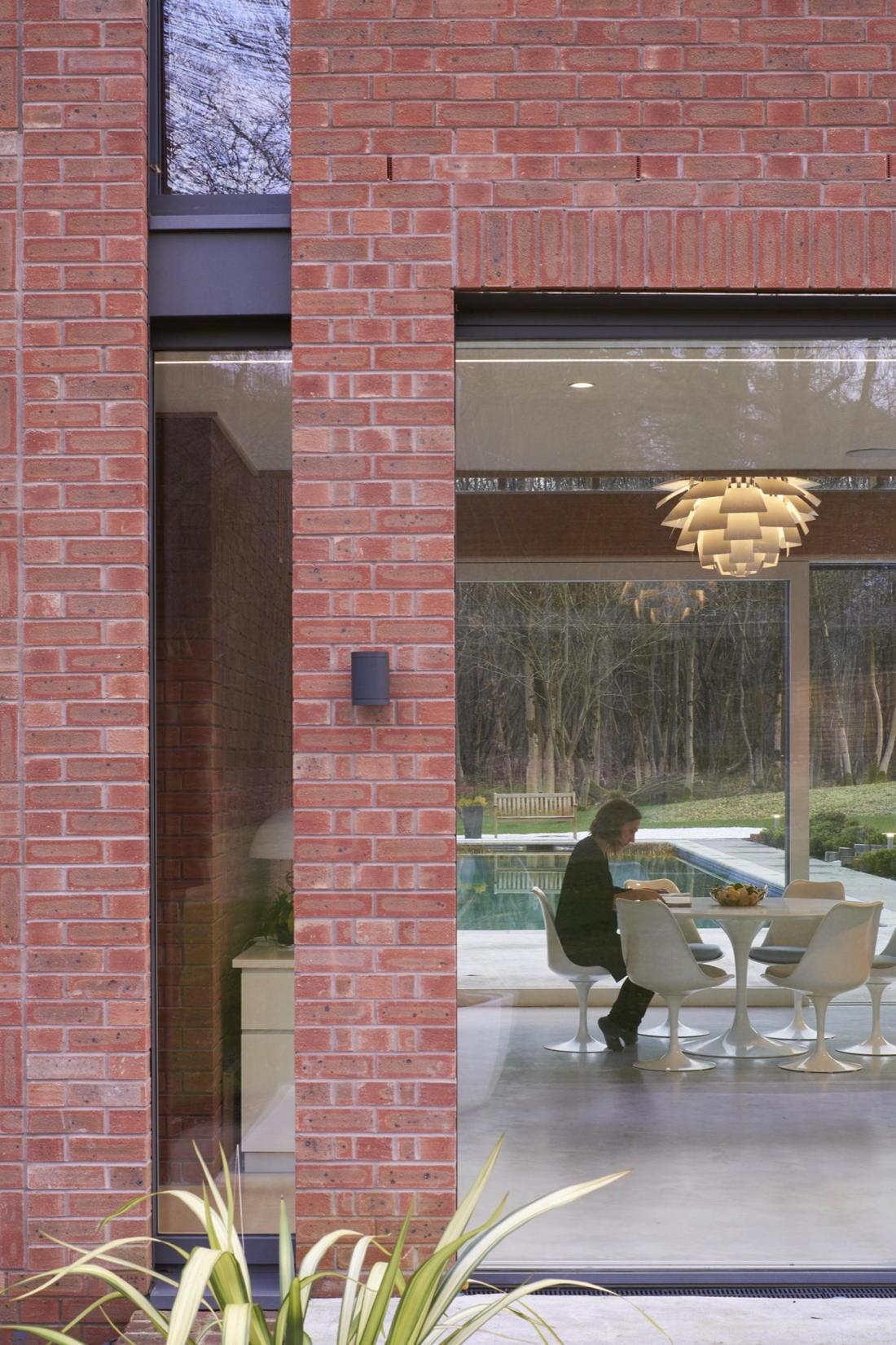 Кирпичный дом в США по проекту студии Ника Уиллсона 14