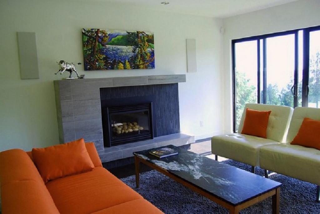Тепло и уют — камин в интерьере квартиры и дома 68