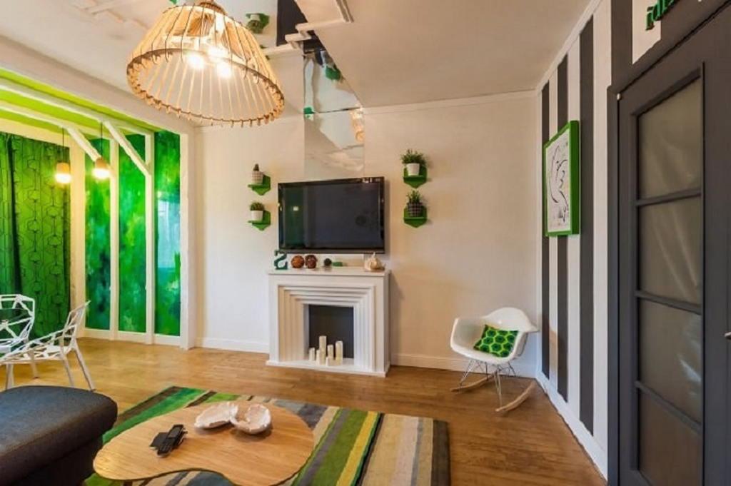 Тепло и уют — камин в интерьере квартиры и дома 75