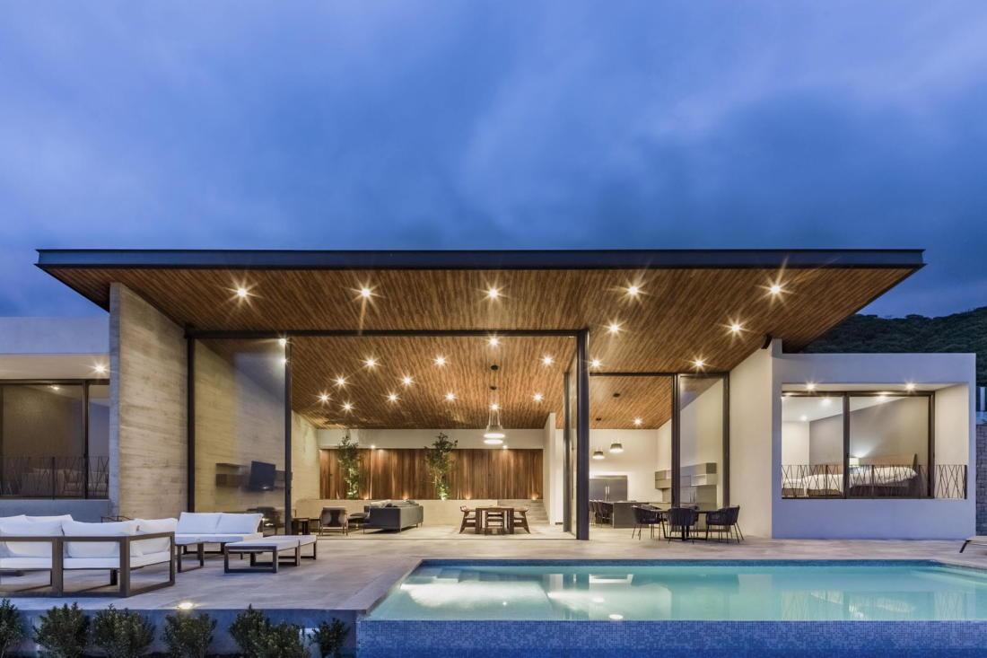 Дом у озера от студии FARQ Arquitectos 14
