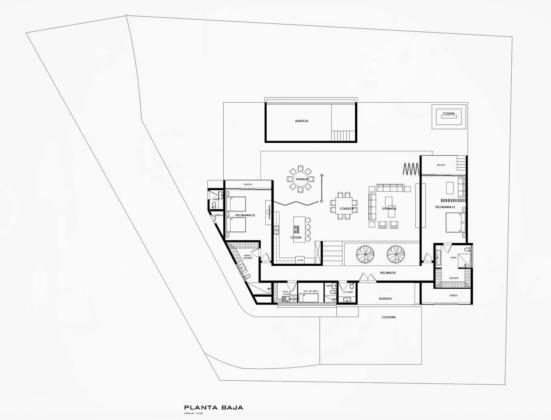 Дом у озера от студии FARQ Arquitectos 16