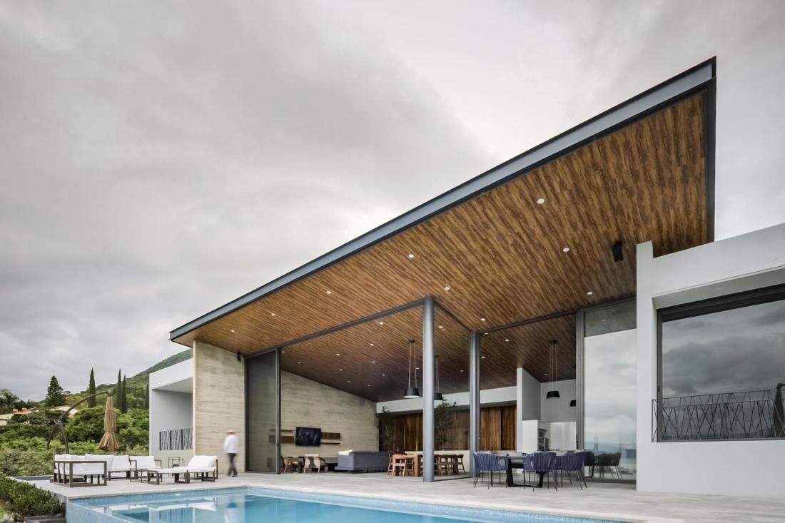 Дом у озера от студии FARQ Arquitectos 5