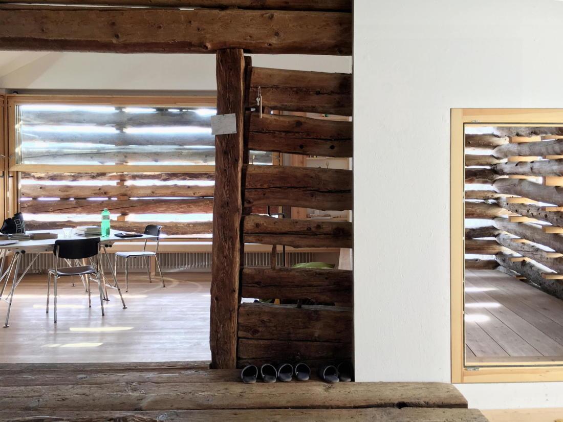 Проект альпийского лофта от студий Office Winhov и Office Haratori 11