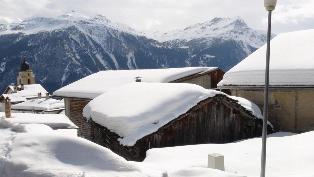 Проект альпийского лофта от студий Office Winhov и Office Haratori 9