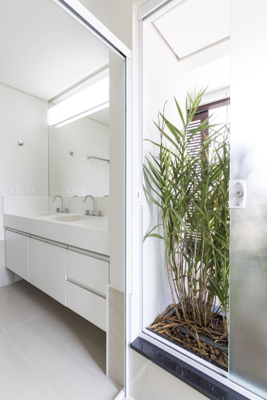 Современный дом от студии Vertentes Arquitetura 10