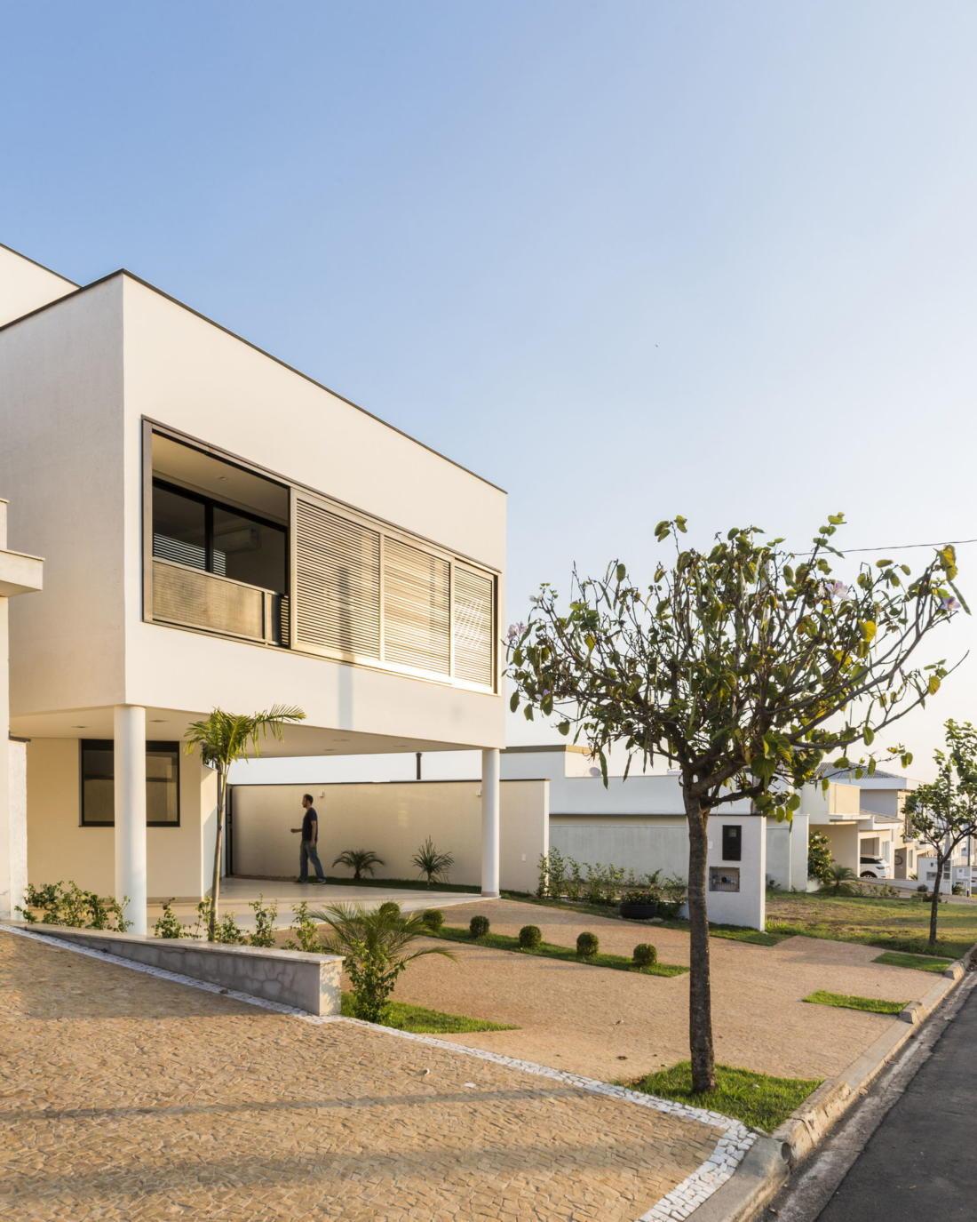 Современный дом от студии Vertentes Arquitetura 11