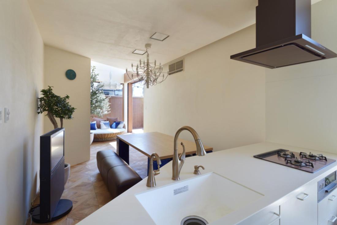 Дом в Хигасиосаке от ателье Fujiwaramuro Architects 18