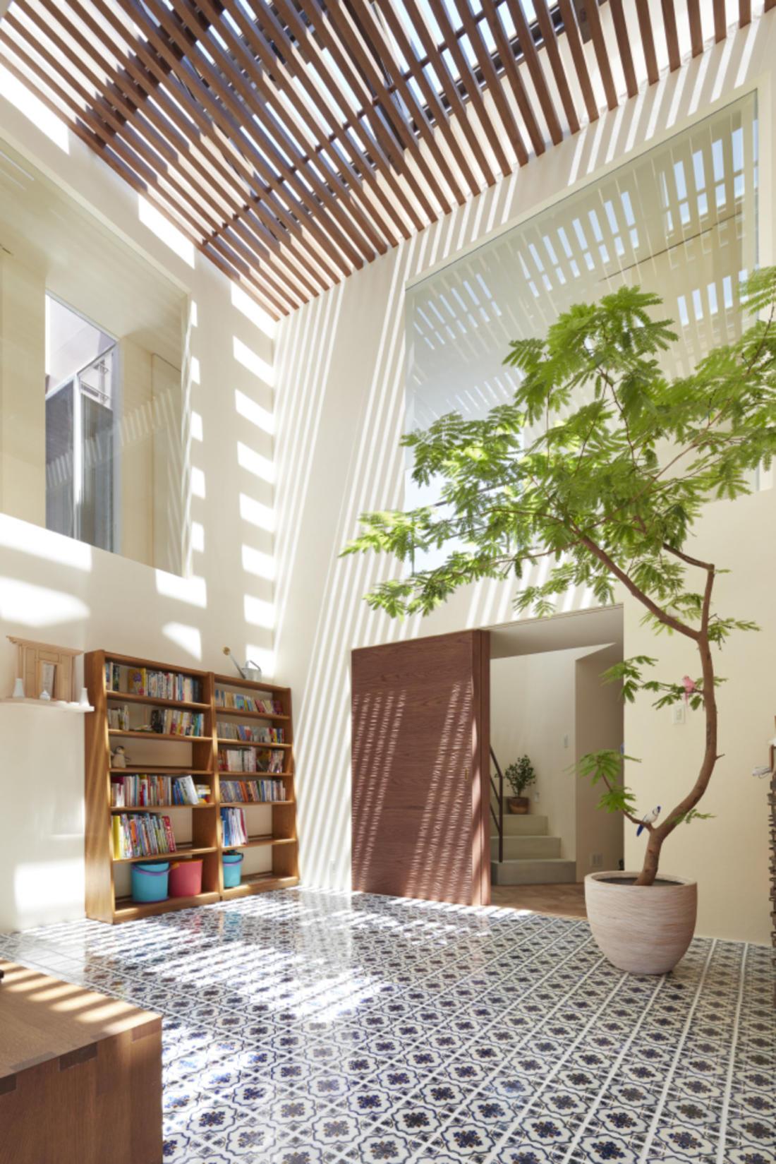 Дом в Хигасиосаке от ателье Fujiwaramuro Architects 5