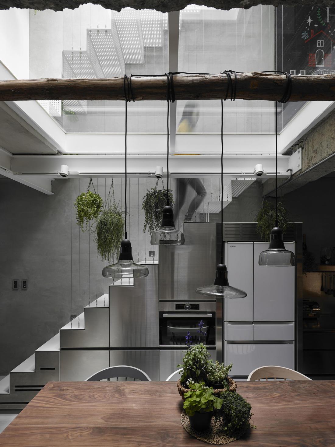 Дом в густонаселенном Тайбэе от студии KC Design Studio 22