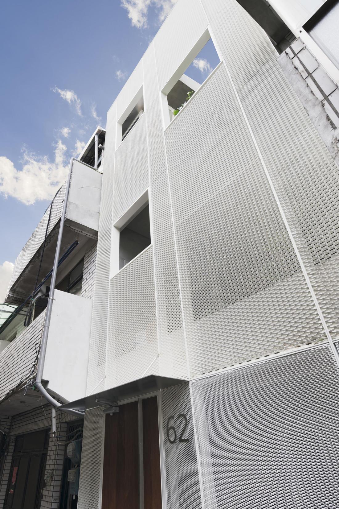 Дом в густонаселенном Тайбэе от студии KC Design Studio 25