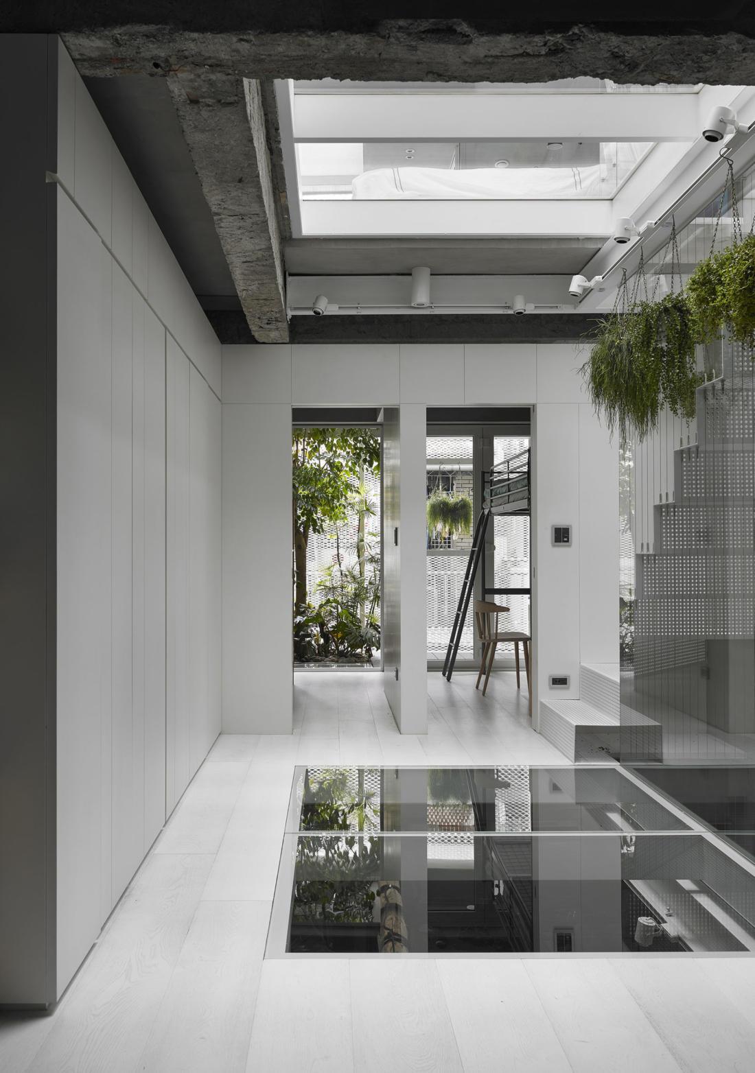 Дом в густонаселенном Тайбэе от студии KC Design Studio 8