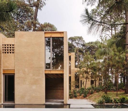 Проект таунхауса в Мексике от Taller Hector Barroso 13