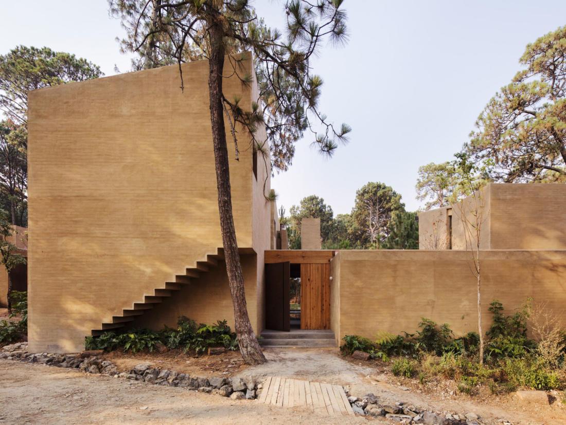 Проект таунхауса в Мексике от Taller Hector Barroso 19
