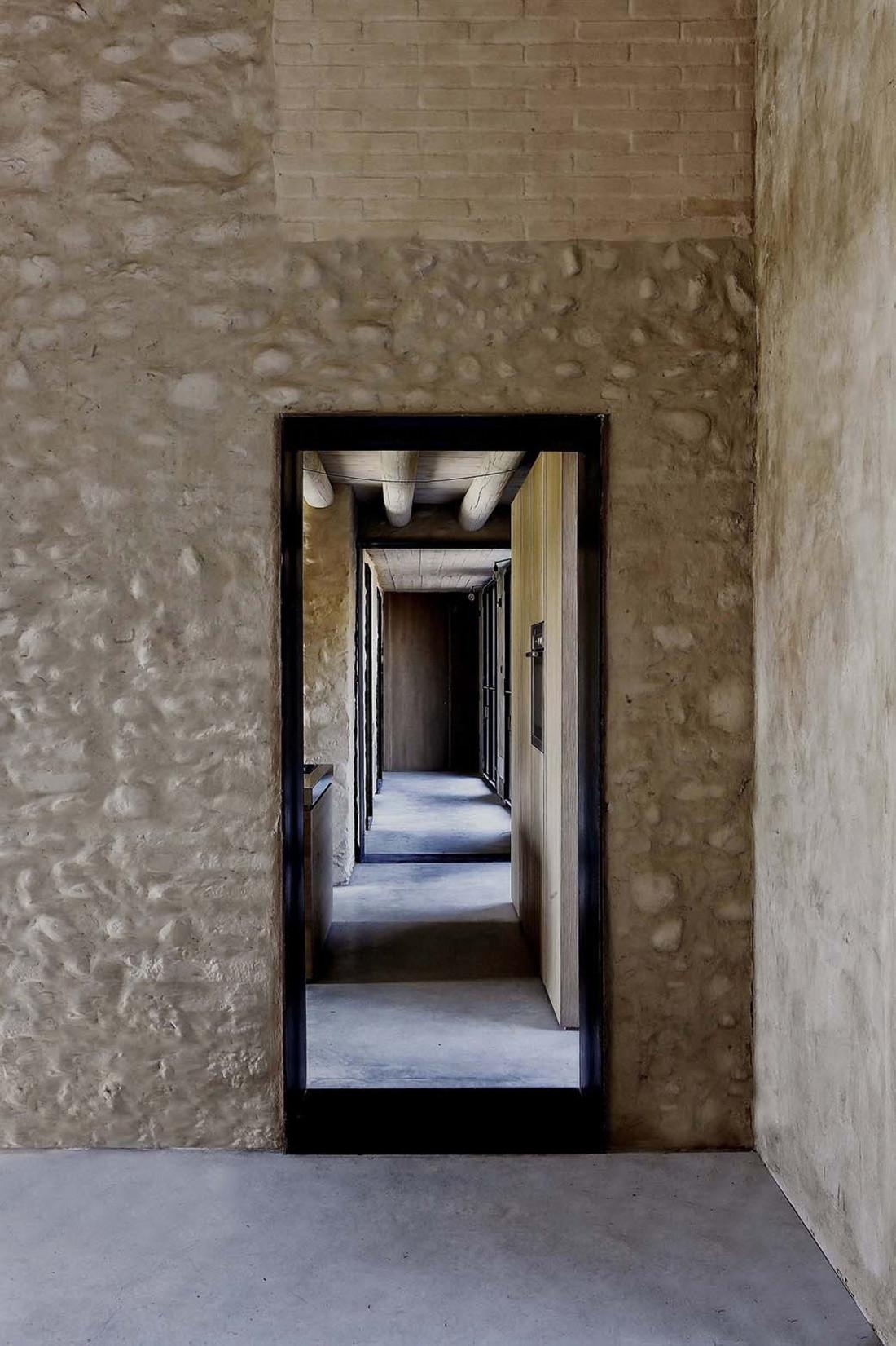 Реставрация виллы Brolo Saccomani в Италии от студии Bricolo Falsarella 13