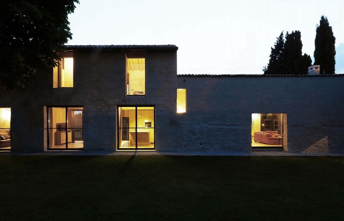 Реставрация виллы Brolo Saccomani в Италии от студии Bricolo Falsarella 20